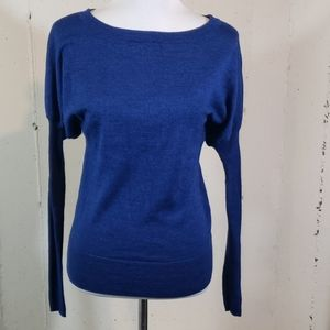 The Limited M blue/ blk long sleeve sweater